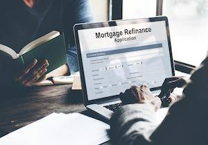 Benefits of Refinancing Your Home Before a Divorce